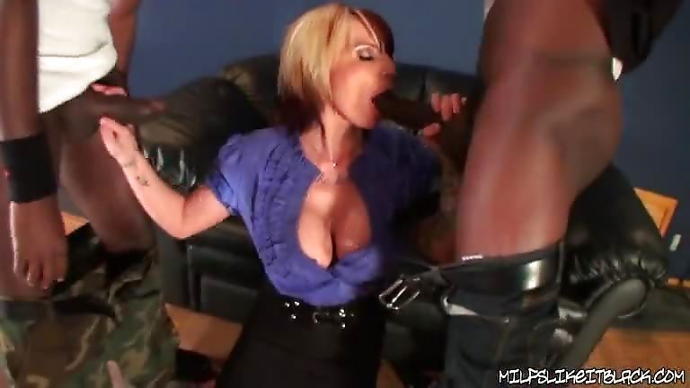 Blonde Baisee Black 56