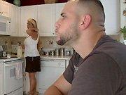 Cette femme au foyer avait envie d'une grosse…